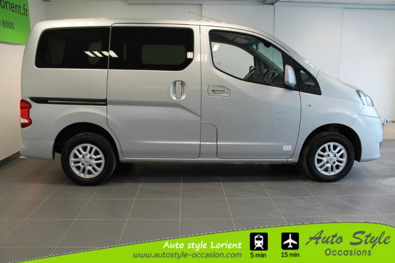 voiture d occasion nissan evalia 1 5 dci 90ch acenta 7 places minibus lanester 12990. Black Bedroom Furniture Sets. Home Design Ideas