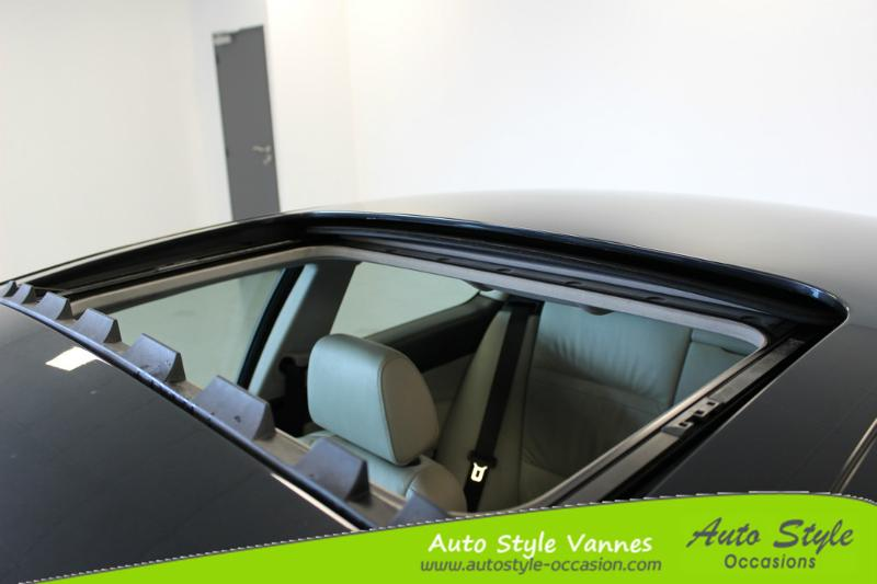voiture d occasion bmw serie 3 coupe 320d 177ch confort coup vannes 13990. Black Bedroom Furniture Sets. Home Design Ideas